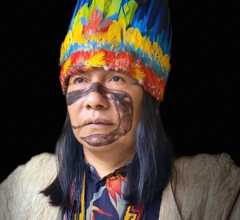 Manari, líder de la comunidad Sapara.
