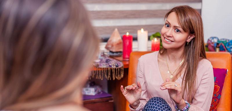 Ingrid Gómez de Prosper Love en una entrevista para Hojas de Inspiración.