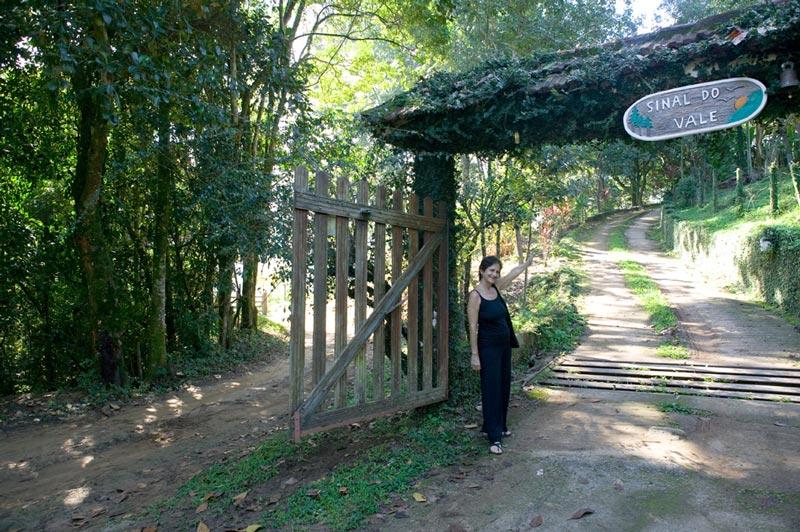Sinal Do Vale de Thais Corral en Brasil.